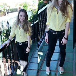Rafa Keunecke - Renner Yellow Shirt, Zara Velvet Pants, Satinato Flat, Oasap Metal Necklace, Ebay Spike Bracelet - Yellow
