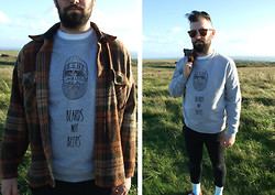 Vacant Echo - Vacant Echo Beards Not Beers Jumper - Beard Dreams Are Made Of These