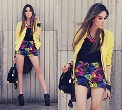 Flávia Desgranges van der Linden - Romwe Jacket, Choies Shorts, Romwe Bag, Romwe Necklace, Goodnight Macaroon Top - High summer