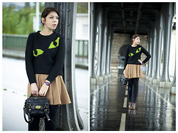 Jessica D - Topshop Jumper, New Look Skirt, Mulberry Bag, Zara Wedges - Cat's Eyes