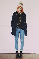 Typhaine - New Look Coat, Romwe Sweater, Bershka Jeans, Vintage Boots, Asos Beanie - Coats and recreation.
