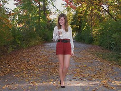 Niki Adams - Forever 21 Top, Forever 21 Shorts, Thrifted Belt, Wal Mart Shoes - My favorite time of the year.