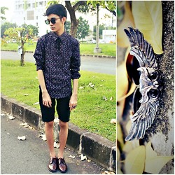 Russel Manalastas - H&M, Ray Ban, Owl Ring - Don't hate yourself for what you aren't .