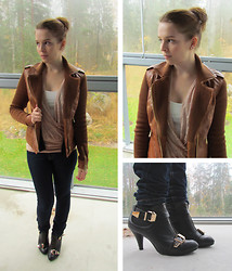 Krista T - Stradivarius Fauxleather Jacket, Vero Moda Lace Top, H&M Top, Gina Tricot Jeans, Shoes - New jacket