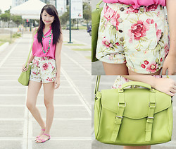 Sophie Ramos - The Berries Floral Shorts, Wintermelon Fash Green Satchel, Fashion Infinity Necklace - Spring