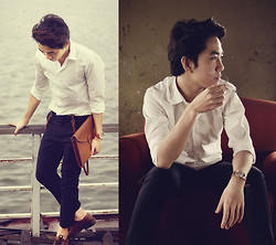 Dany Nguyễn - London Boy Vintage Watch, Ecco Oxford Shoes, Lorinza Leather Clutch, Oxford Skinny Trousers, White Shirt - Back to the Basics