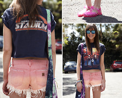 "Annabel Wendt - Roxy Shorts, Jelly Beans Bean Sandals, Minkpink ""We Are Magic Tote"", Evil Twin Necklace, Minkpink Bracelets, American Apparel Eyewear, Harley Davidson Vintage Tee Diy'd By Me - Beans"