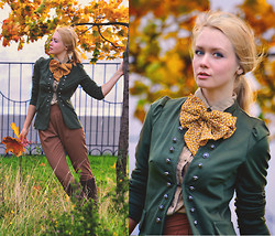 Anna Midday - Love Jacket, Stylesocietal Pants - Painting in shades of brown...
