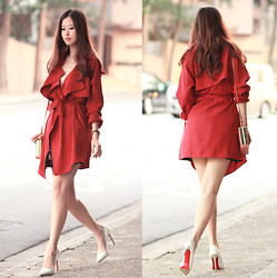 Mayo Wo - Yesstyle Red Trench Coat, Christian Louboutin Mirror Pumps - Dun trust a woman in red. just love her