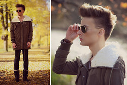 Dennis M. - Lamb Fur Jacket, Sunglasses, Daniel Wellington Watch, Acne Studios Jeans, Boots - Autumn goodbye