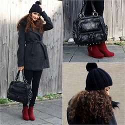 Ranim H. - Selfmade Hat, Stradivarius Fur Collar Coat, Topshop Studded Leather Bag, Deichmann Burgundy Wedges - 26th of October. :)
