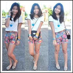 Geraleen Nicole Gaytano - Forever 21 Top, Shorts, Charles&Keith Bag, Parisian Shoes - Studded