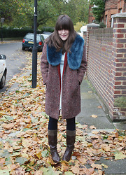 Ashley F - Vintage Coat, Primark Collar, Vinatge Boots - All the leaves are brown.