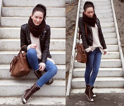 Ilona S - Reserved Bag, Cubus Jeans, Converse Sneakres, Atmosphere Sweater - Friday