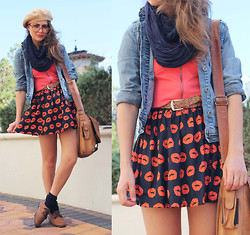 Bebe Zeva - Yes Style Kissy Lips Skirt, Nollie Coral Crop Top, American Apparel Navy Circle Scarf, Yes Style Oxfords - CORAL KISSER