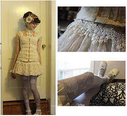 Kattoo King - Thrifted Blouse, Kidsyoyo Jabot, Teja Jamila Tights, Bodyline Shoes - Antique Pirate
