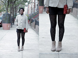 Tipa Tipa - Vintage Coat, Vintage Clutch, Forever 21 Shorts, H&M Tights, Nine West Ankle Boots - Stripes and Polka Dots