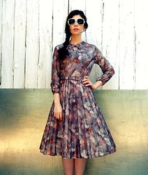 Katie Espania - The Stellar Boutique Vintage Sunglasses, The Stellar Boutique Vintage Pleated Dress - Romance is dead