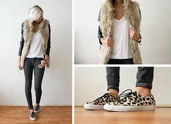 Sietske L - Zara Faux Fur Vest, Jeffrey Campbell Sneakers - Furry fur