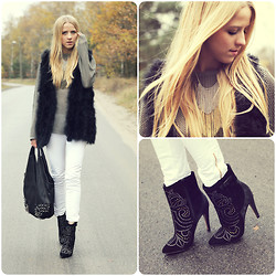 Jessica Mercedes Kirschner - Aldo Boots, Sam Edelman Bag -  Locked Out Of Heaven