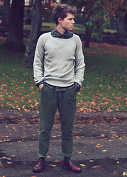Andreas Wijk - Fifth Ave Shoe Repair Corduroy Pants, Whyred Sweater, Levi's® Shirt - November.