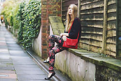 Sarah H - Thrifted Woolly Jumper, Thrifted Red Bag, H&M Floral Jeans, New Look Buckle Flats - FLORAL JEANS