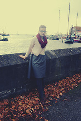 Senja Y - H&M Cardigan, Diy Dress, H&M Tights - The Harbour