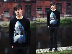 Paweł Lewandowski - Shark Sweatshirt - Shark!
