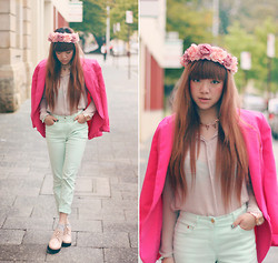 Willabelle Ong - Floral Headpiece, S E N O Pastel Lace Up Shoes - Pastels