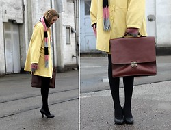 Marie Jensen - Second Hand Jacket, Hand Me Down Bag, Zara Pumps, Cacharel Scarf, Cacharel Mittens - Stay old