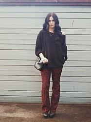 Ellen Brockbank - Topshop Black Jumper, Vintage Paisley Mens Trousers, Topshop Heeled Boots, Vintage Leather Bag - Back from Nowhere.