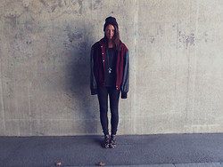 Fiona M - Wolfcircus Necklace, Zara Leopard Boots, Vintage Jacket - The wild hunt.