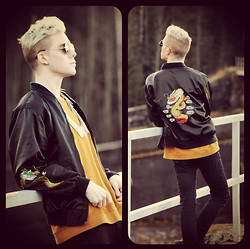 Robbie Jonsson - Secondhand Dragon Varsity Jacket, Weekday Yellow Sweatshirt, Sunglasses, Bikbok Spike Necklace, H&M Jeans - The boy with the Dragon jacket