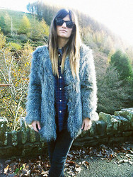 Emilie Layla Lovaine - Vintage Faux Coat, Topshop Skinnies, Gap Plaid Shirt - Faux Winter