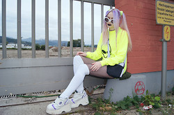 †Norelle Rheingold† - Neon Yellow Alien Sweater, Adidas Bag, American Apparel Stocking, Vintage Platform Boots - Yellow Alien