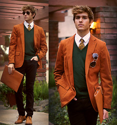 Adam Gallagher - Canvas Lands End Blazer, Jogunshop Manvelope, Jd Fisk Shoes - Galla Spectrum: ORANGE