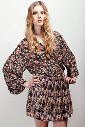 Jessie Jensen - Free People Floral Blouse, Madewell Pleat Skirt - Patterns For Days