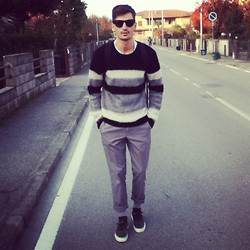 Andrea Bressani - Ray Ban Sunglasses, Sisley Sweater, United Colors Of Benetton Chino, Vans Shoes, H&M Socks - Other gifts