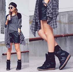 Bebe Zeva - American Eagle Classic Baseball Shirt, American Eagle Hidden Wedge Sneakers, Romwe Leatherette Shorts, Yes Style Plaid Oversize Robe, Yes Style Snapback - I'LL TRY ANYTHING ONCE