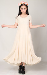 Melissa Jo -  - Glitters For Dinner - Creme Maxi