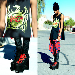 Dominic Grizzelle - Cash4chaos Slayer Shirt, Unif Hell Bounds, Zara Leather Skinnies - Turkey my ass