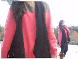 Paulina V - Old Navy Sweater, It's Our Time Knitted Vest, Old Navy Gray Leggings, Qupid Foldover Fur Boots - Comfy Coral
