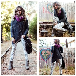 Kip Lindey - Heartloom Pontelle Pullover Marled Sweater, Rich & Skinny Talon Pants, Matisse Slash Boots - Love & Anarchy