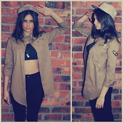 THE LOT ♥ - Vintage Military Shirt, Self Service Disco Pants, Swede And Crowe 5 Panel Camo Cap - In the Army Now