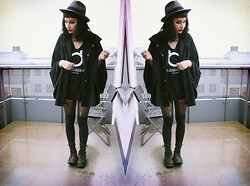 Jerina Laaksonen - American Apparel Cape, H&M Hat, 2:Nd Hand T Shirt - FREE SPIRIT AND THE SUN