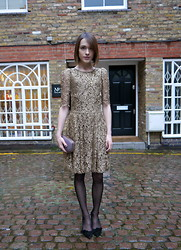 Ella Catliff - Temperley London Gold Lace Dress, Anya Hindmarch Stingray Clutch, Anne Bowes Jewellery Flower Necklace, Isabel Marant Pumps - Golden Girl