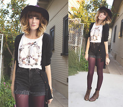 Dani Roxanne - Jedidiah Flower Peace Tee, Brandy Melville Usa Hi Lo Cardigan, Bdg High Waisted Shorts, Target Cranberry Leggings, Cotton On Cranberry Felt Hat, Steve Madden Lace Up Boots - Sweet Peace - my tee design :)