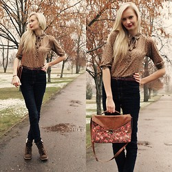 Madara L - Zara Brown Blouse, Cubus High Waistes Skinny Jeans, Primark Brown Wedge Boots, Primark Flower Print Bag - Skyfall