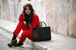Laura Montilla - Zara Bag, Zara Pants, H&M Shirt - Lot of red
