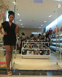Riamond Whiteside - Calvin Klein Lbd, Leaveland Glittery Shoes, Earrings - Glorietta Vibe - Guiness Book of Record
